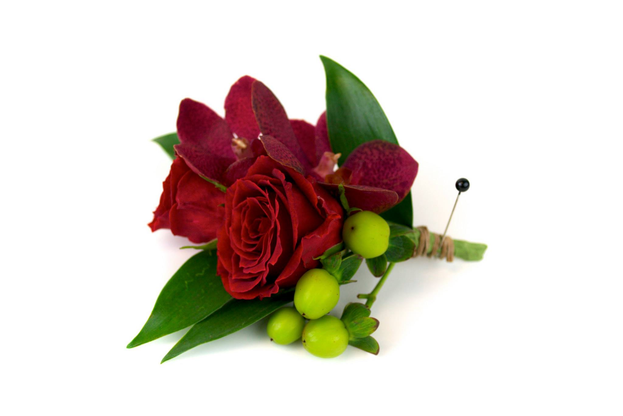 wedding-boutonnieres-corsages-minneapolis-crimson-greenery