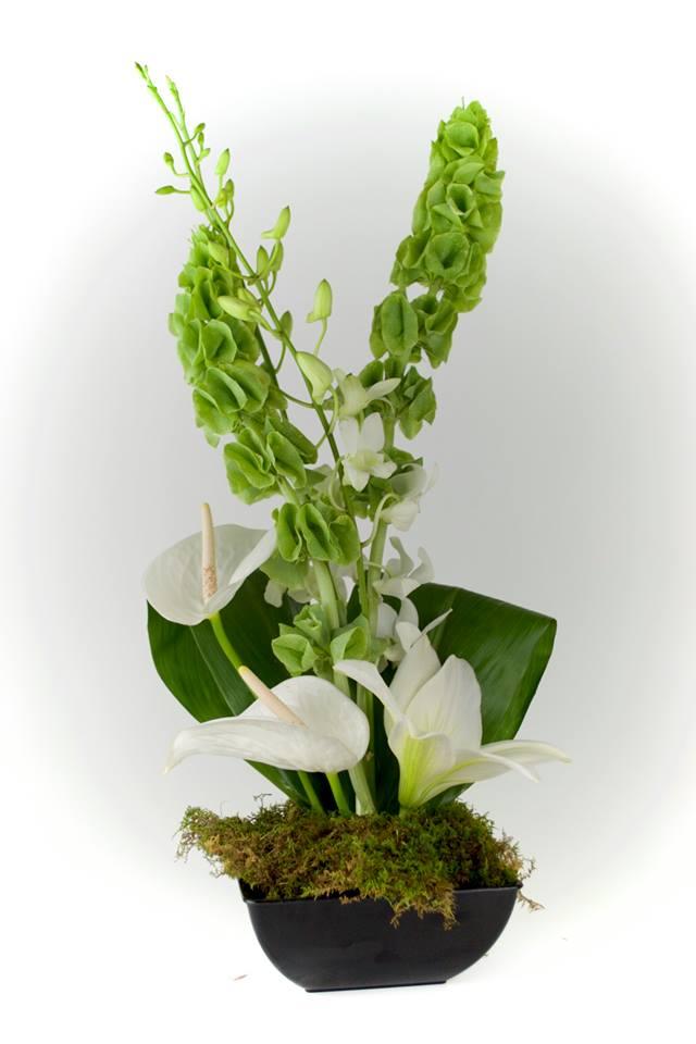 wedding centerpiece florist minnesota unique wooden bowl flowers